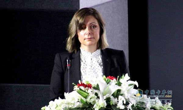 艾里逊变速箱全球销售副总裁Heidi Schutte