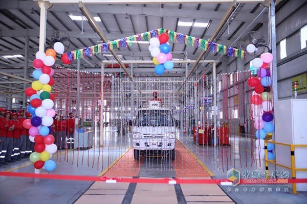 时代汽车拉合尔工厂第500台属地制造时代轻卡下线
