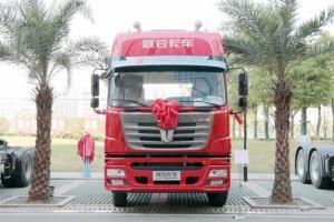 联合卡车 E系重卡 300马力 国五4×2牵引车 (QCC4162D651N-1)