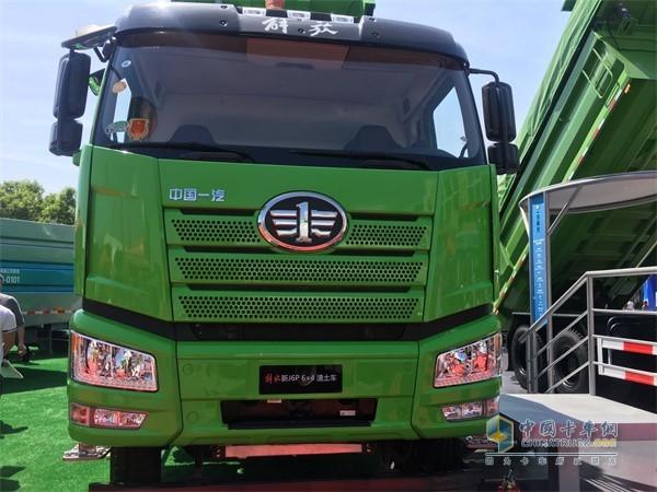 一汽解放J6P渣土车配装奥威CA6SM3国六LNG动力