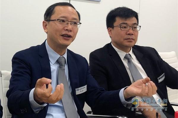 克诺尔领导接受采访(左:克诺尔中国区执行副总裁夏斐)