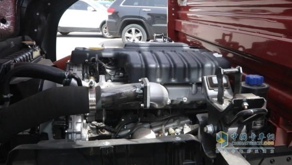 云内德威D25发动机