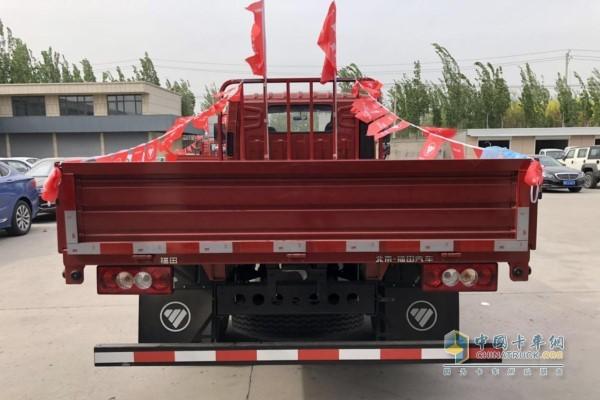 福田时代新领航货箱宽度达到了2450mm
