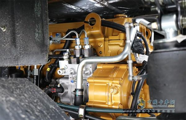 乘龙H7搭载玉柴13升600马力发动机