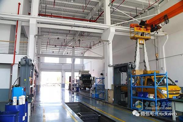 沃尔沃卡车上海丰沃青浦服务站维修保养车间