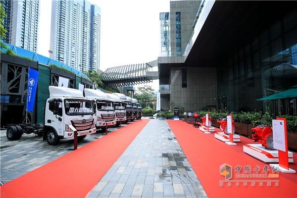 欧马可S系列超级卡车搭载福田康明斯F系列国六动力