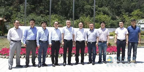 陈兴林率领东风零部件各分公司总经理访问徐工汽车