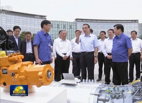 总理参观潍柴新能源产业技术