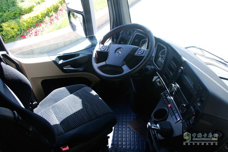 智能舒适的驾驶座舱