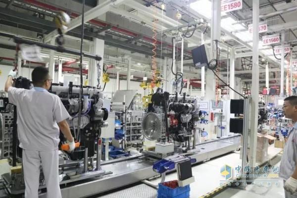 上柴动力E系列产品生产线