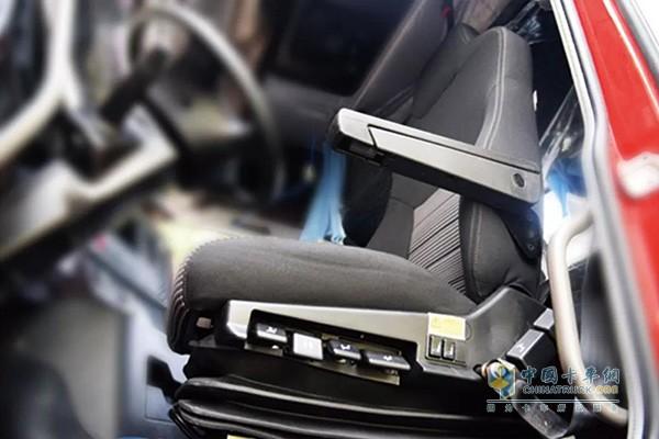 大运N9H远航版搭载多功能气囊减震座椅