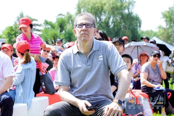 康明斯集团副总裁曹思德先生
