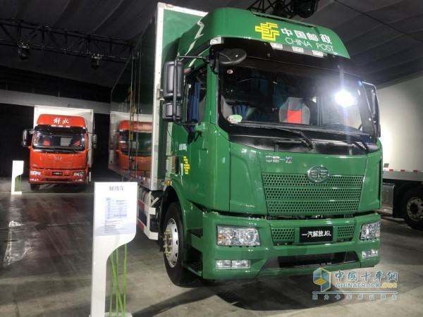 解放J6L国六新车所搭载的解放动力铂威CA4DK发动机