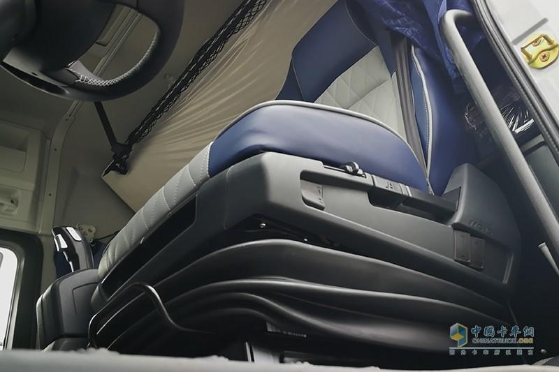 福田戴姆勒 欧曼EST-A 6X4康明斯 X12 510马力 国六牵引车