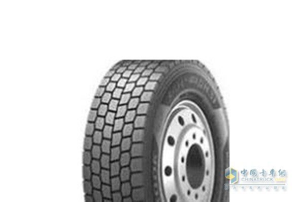 驱动轮可选装块状花纹轮胎