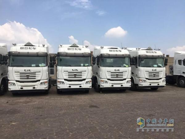 中集联合卡车LNG牵引车
