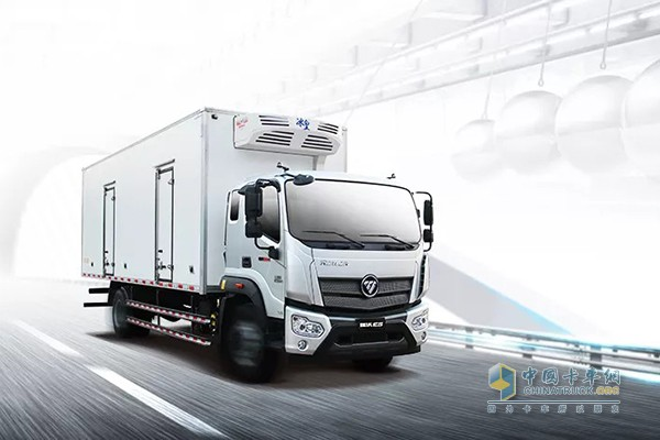 瑞沃ES5-5700轴距冷藏车