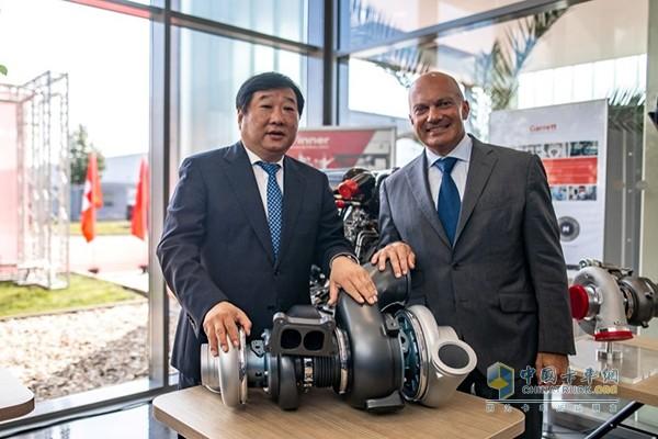 谭旭光与盖瑞特公司全球CEO芮博廉进行了友好交流