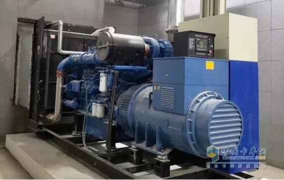 在郑州奥体中心的YC6C发电机组