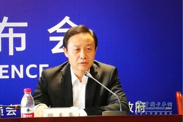 重庆市巴南区政府副区长张春平