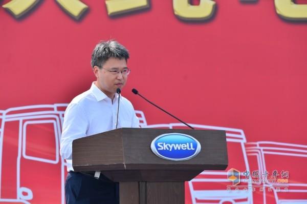 开沃汽车深圳市坪山区政府党组成员、副区长 陈华平
