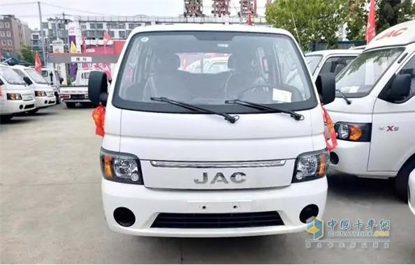 江淮轿卡X6双排高效可靠