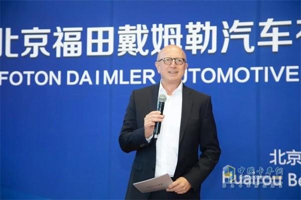戴姆勒卡车董事会成员,产品工程和全球采购及中国区业务负责人安世昀