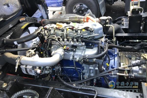 云内德威95马力发动机