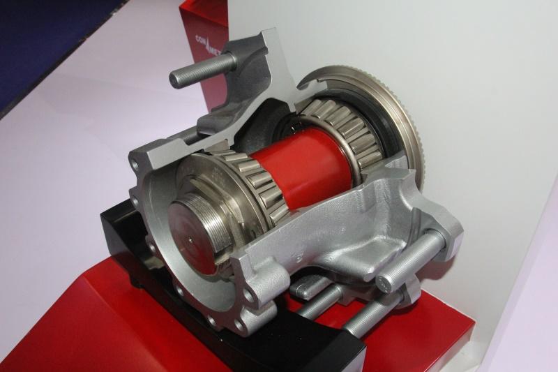 2-11.5吨鼓式铸铁(侧拉)后轮