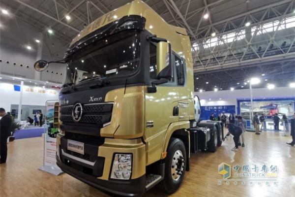 陕汽德龙X3000天然气 HPDI牵引车