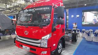 [武汉车展]搭载AMT变速箱 上汽跃进纪念版C500来啦