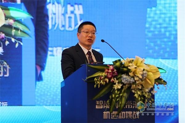 江淮汽车重型商用车跨越销售公司总经理钱钧
