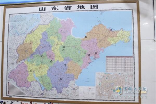 一些专卖和配送网点被标在办公室地图上福田祥菱