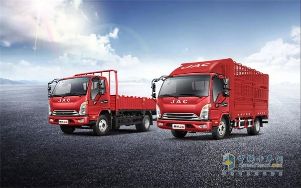康铃J5平板、厢车、仓栅三种货箱可灵活匹配