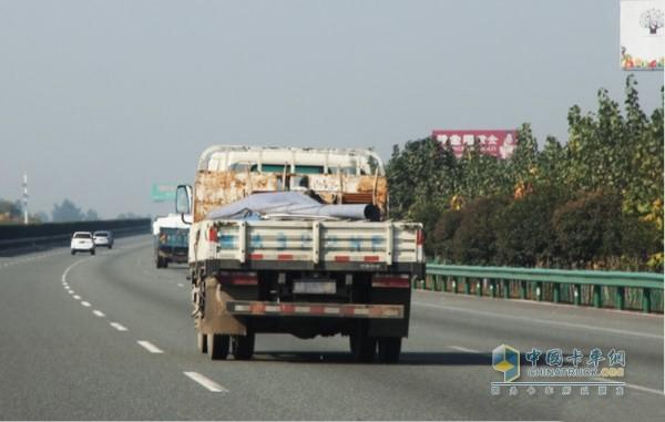 国三排放标准柴油载货汽车采取交通管理措施