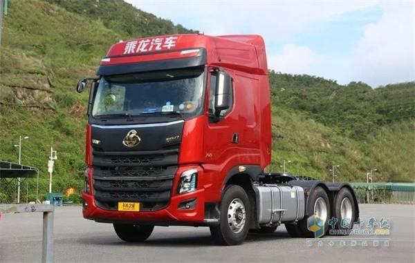 乘龙H7 2019款6×4牵引车