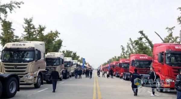 装配玉柴YCK13N的联合卡车牵引车上市