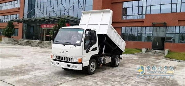 江淮D6177小轴距工程车高颜值