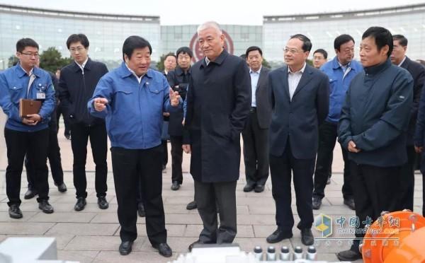 科技部部长王志刚到潍柴考察企业科技创新工作