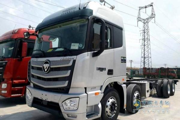 欧曼EST 9.6m载货车