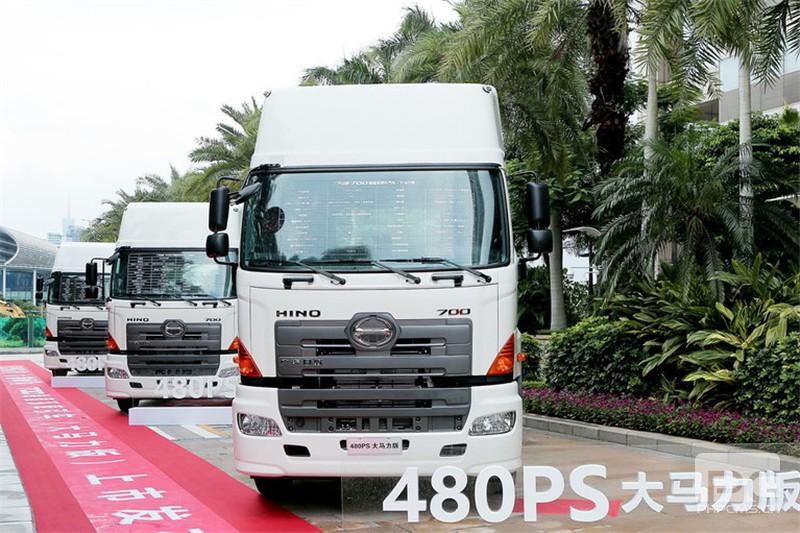 广汽日野 700臻值系 380马力 6X4 国五牵引车