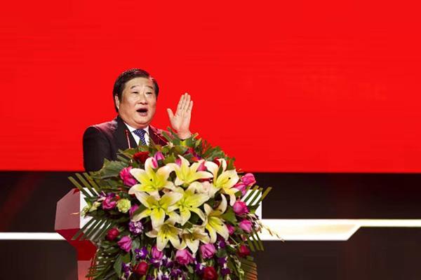 中国重型汽车集团有限公司党委书记、董事长谭旭光