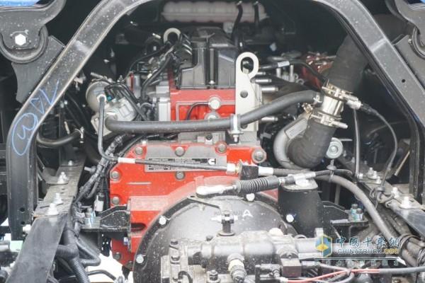 康明斯3.8L发动机