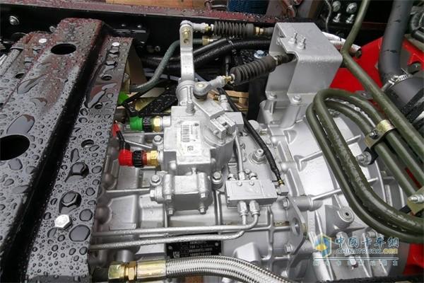中国重汽8挡铝壳变速箱