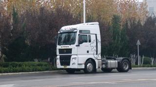 L2+级自动驾驶啥表现?速速围观重汽II代智能卡车!