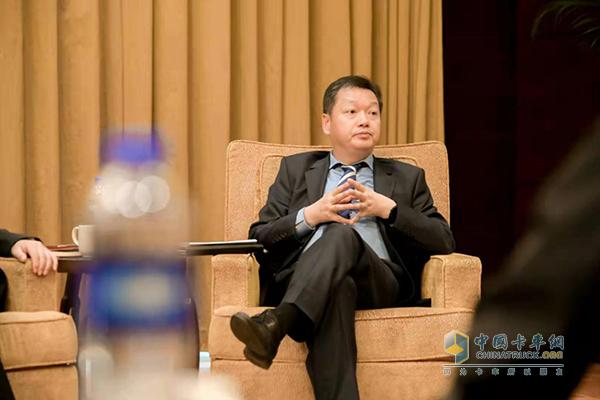 东风康明斯发动机有限公司常务副总经理汪开军先生