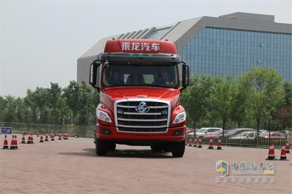 乘龙T经济省油安全