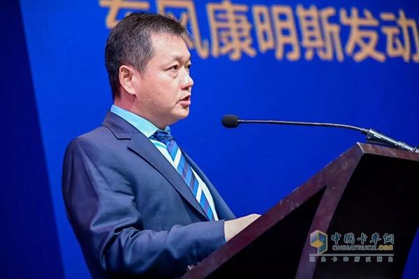 东风康明斯柴油机(陆用发电机组驱动型)有限公司常务副总经理汪开军先生