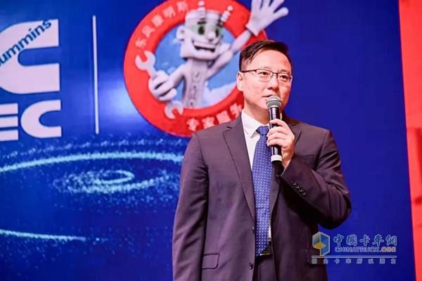 东风康明斯柴油机(陆用发电机组驱动型)有限公司副总经理、营销公司总经理王春光先生