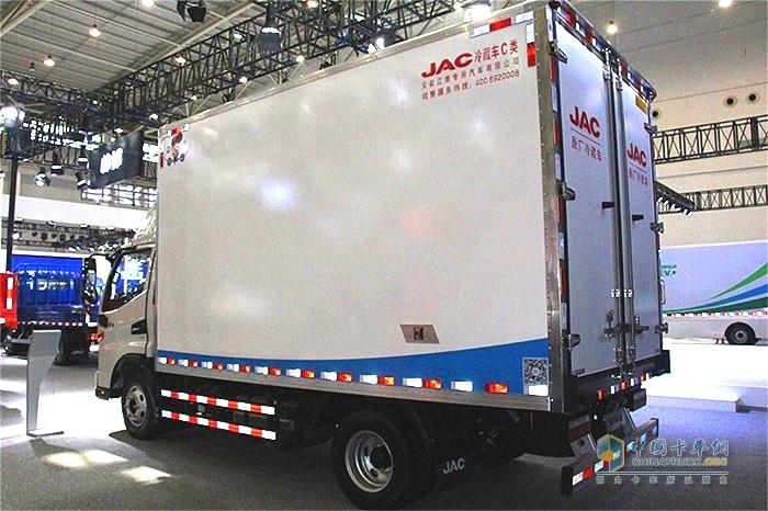江淮骏铃V6冷藏车满足不同行业的不同装载需求